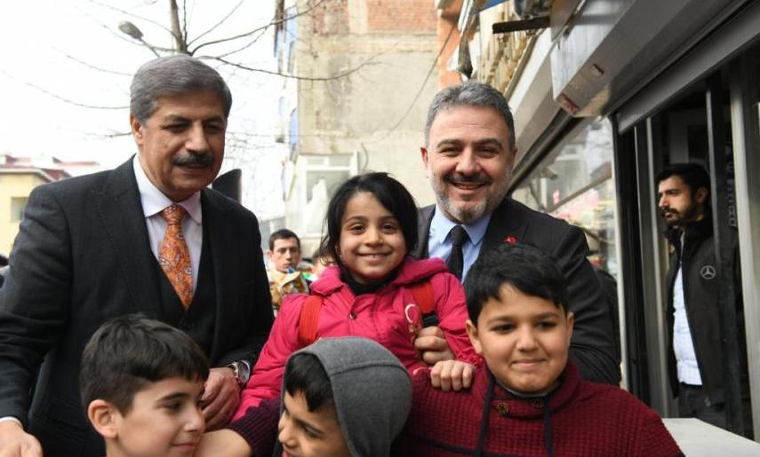 AK Parti'den Esenyurtlu esnaflara tam kadro ziyaret…