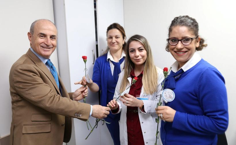 Akgün, sağlık çalışanlarının Tıp Bayramı'nı kutladı