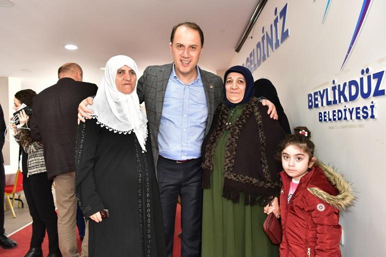 """BEYLİKDÜZÜ'NÜN """"ÇINAR""""LARI KAHVALTIDA BULUŞTU"""