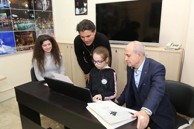 Başkan Akgün: Büyükçekmece'nin kalbi kültür ve sanat diye atar