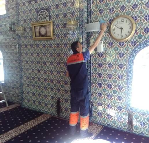 Çatalca Belediyesi'nden  İbadethanelerde Bayram Temizliği…
