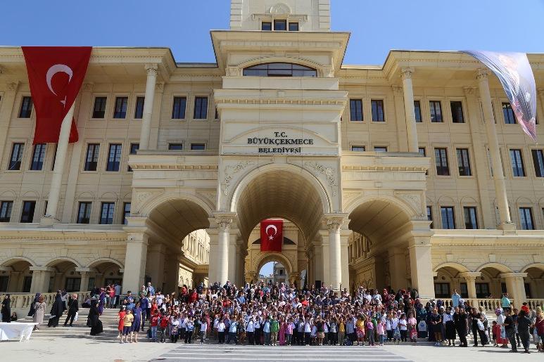 Başkan Akgün'den 1500 öğrenciye eğitim desteği