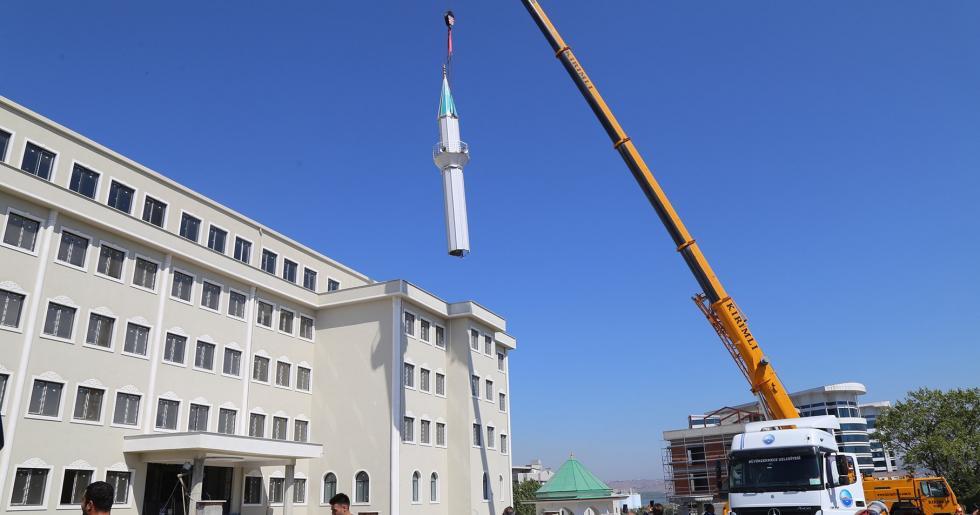 O Minare Kaldırıldı…!
