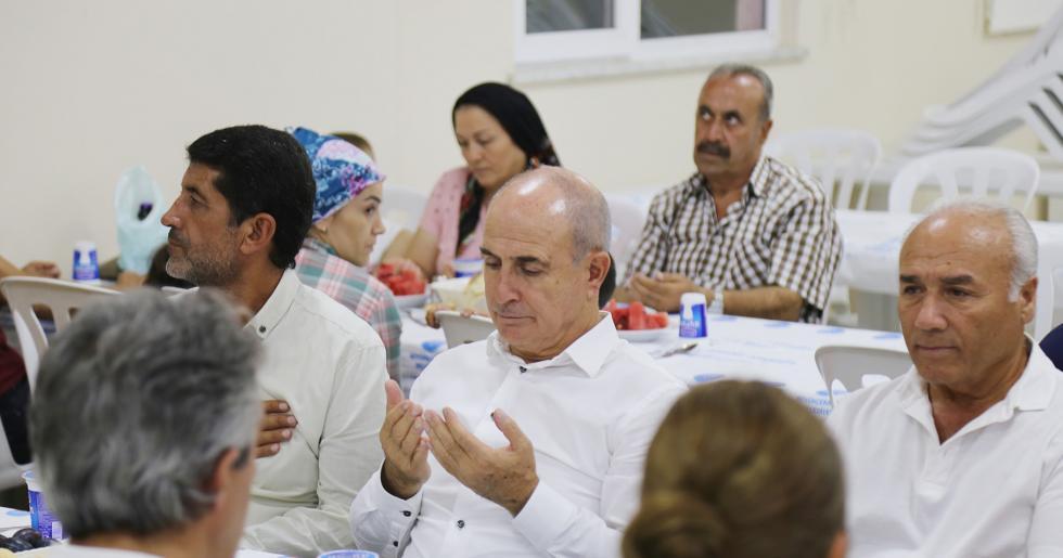Başkan Akgün, Alevi vatandaşların matem orucunu paylaştı