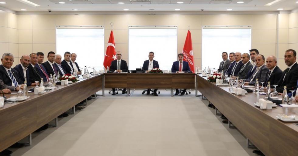 """İSTANBUL'UN BELEDİYE BAŞKANLARI """"ORTAK MASADA"""" BULUŞTU"""