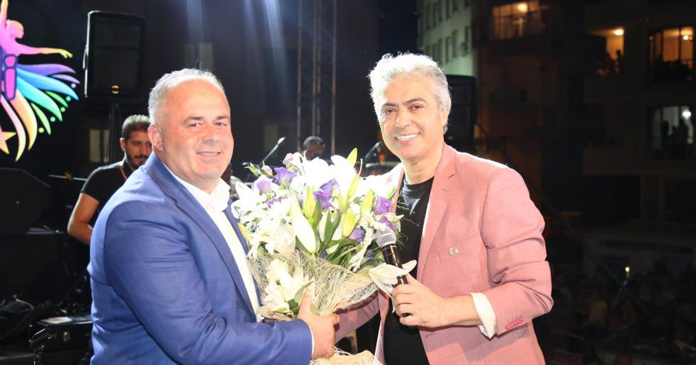 Cengiz Kurtoğlu'ndan Çatalca'da Muhteşem Konser