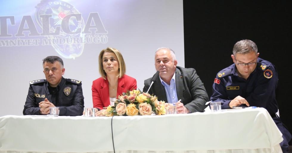 ÇATALCA BELEDİYE BAŞKANI MESUT ÜNER HUZUR TOPLANTISI'NA KATILDI