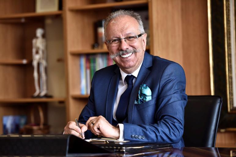 PROF.DR.OĞUZ ÖZYARAL ''KORONAVİRÜSÜNE KARŞI KORUNMA YÖNTEMLERİ SON DERECE BASİT''