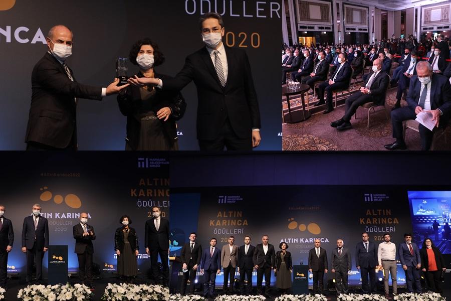 """""""BÜYÜKÇEKMECE AİLEM & AKILLI ETİKET"""" UYGULAMASINA ALTIN KARINCA ÖDÜLÜ"""