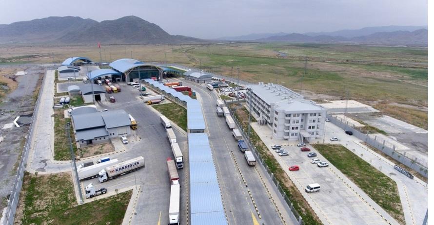 AZERBAYCAN'A KİMLİKLE SEYAHAT BAŞLADI